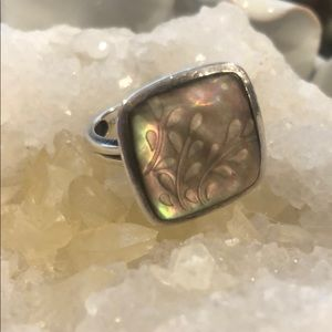 Silpada sterling silver carved lip shell ring